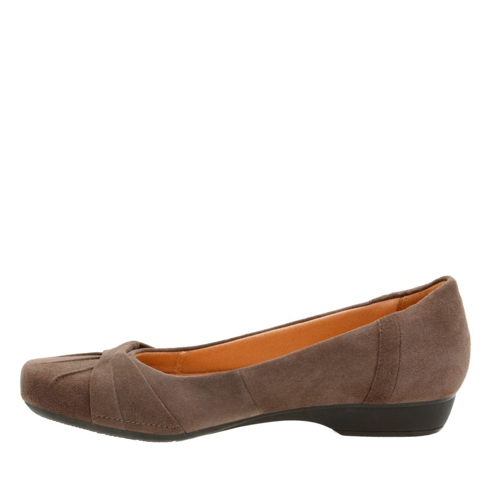 Blanche Fria Taupe Suede
